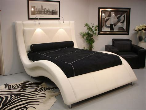 The Bed by Wave Bed Design Ns