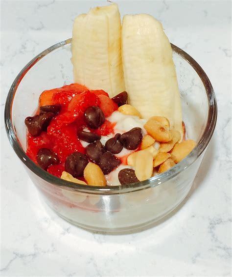 Foodie Mcbooty Healthier Banana Splits Healthy Burgers Fries The Leaf Nutrisystem