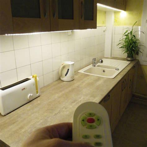 bandeau lumineux pour cuisine bandeau lumineux pour cuisine set de 3 luminaires led pour meuble platy paulmann bandeau