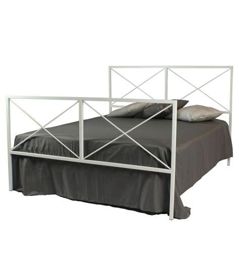 letto matrimoniale in ferro battuto moderno letto moderno in ferro focus spazio casa