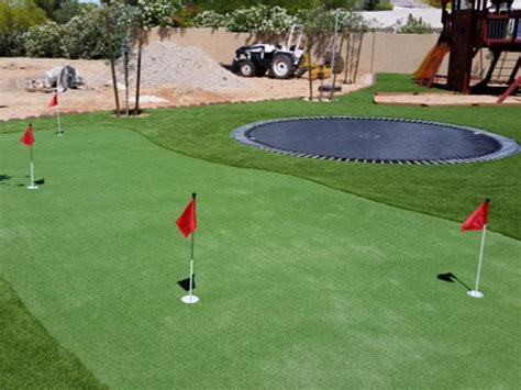artificial backyard putting green 25 best ideas about artificial putting green on pinterest