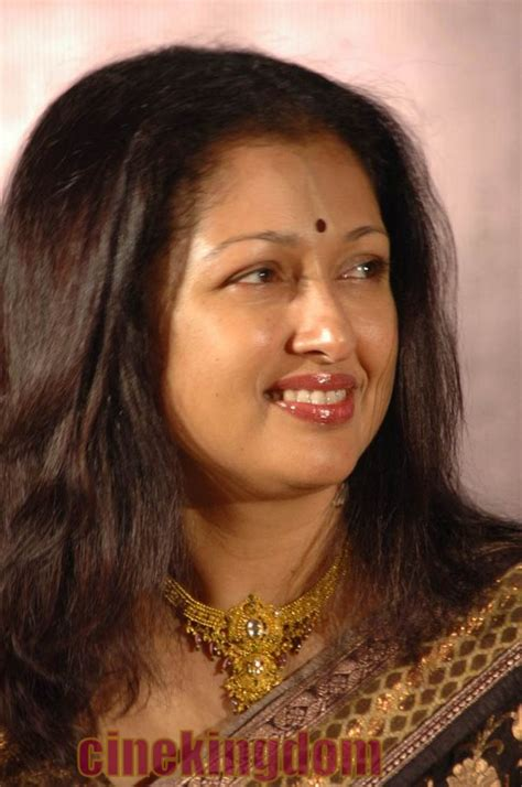 film actress gautami hot tamil actress gautami cute stills