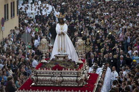 imagenes lunes santo malaga lunes santo cofrad 237 a del cautivo de m 225 laga andalucia