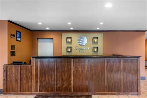 comfort inn denver central comfort inn central in denver hotel rates reviews on