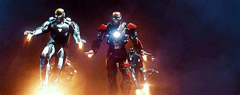 wallpaper gif iron man iron man aim gif find share on giphy