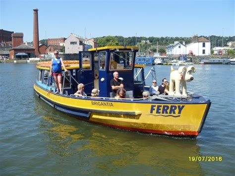 ferry boat picture bristol ferry boat at hotwells picture of bristol ferry