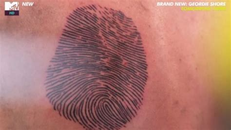 tattoo of us thumbprint the most shocking tattoos on mtv s just the tattoo of us bt