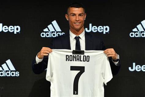 ronaldo juventus jerseys cristiano ronaldo juventus sell 60 million worth of his jerseys in 24 hours the rainbow news