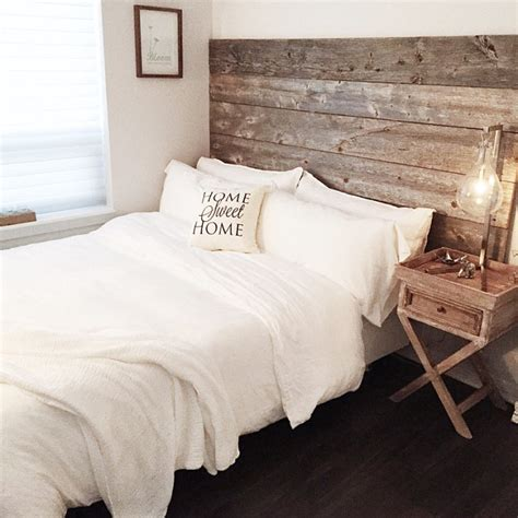 Diy Wood Headboard Reclaimed Wood Headboard Diy Installation Made From Real Barn Wood East Coast Rustic