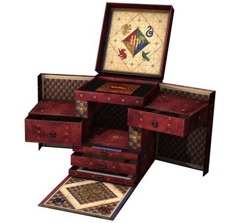 look inside the 31 disc harry potter box set