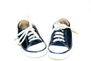 kid shoes sneakers velcro fasteners vs shoelaces versusbattle