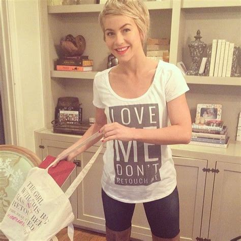 how does julianne hough style her pixie cut love julianne hough s new pixie cut hair cuts