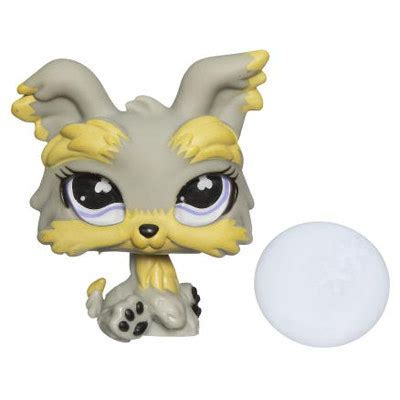 littlest pet shop yorkie other collectable toys littlest pet shop yorkie with plate 883 was sold for r25 00