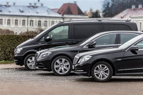 Airport Transfer Service by Airport Transfer Service M 252 Nih Airport Transfer