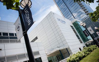 Uconn Mba Non Degree by Uconn Business School Makes Its In Stamford School