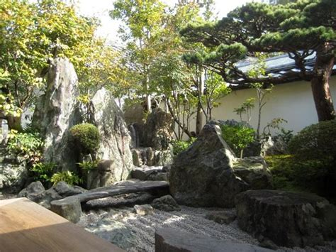 giardini giapponesi famosi i giardini giapponesi karesansui shakkei giardini zen