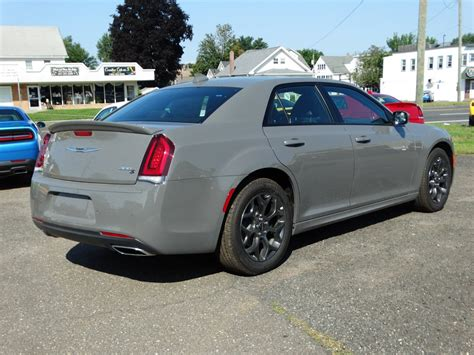 chrysler 300c 2018 new 2018 chrysler 300 300s sedan in enfield 48314