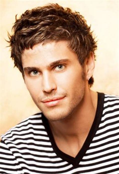 beautiful hairstyle for boys beautiful graded haircut for men haircuts pictures