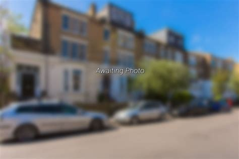 Portico   3 Bedroom Flat recently let in Clapham