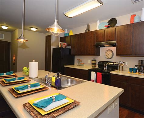 one bedroom apartments near unt u centre at fry street student apartments 1221 west oak