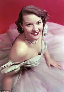 pop female singer died patti page dies how much is that doggie in the window