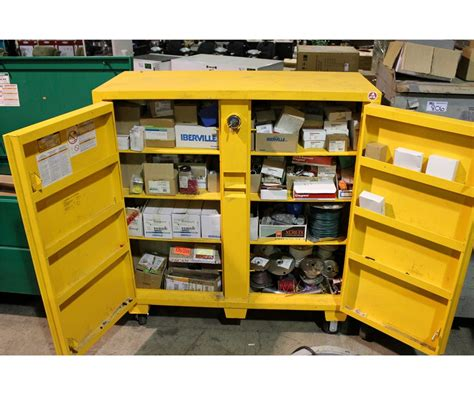 mobile metal storage cabinet dewalt metal mobile storage cabinet and hardware contents