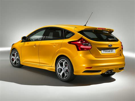 2014 Ford Focus Review by 2014 Ford Focus St Price Photos Reviews Features