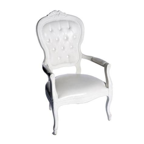 chaise voltaire location de chaise voltaire armchair blanc sur ekipement