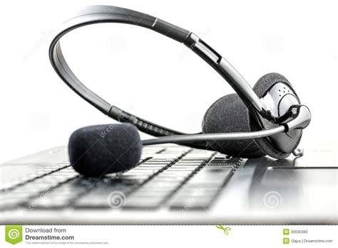 Headset Samsung Service Center headset on a laptop computer stock photo image 39030380