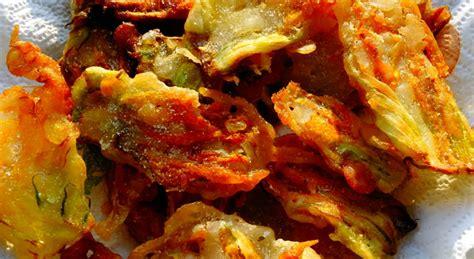 frittelle con fiori di zucchine frittelle dolci di fiori di zucchina paneoliopomodoro