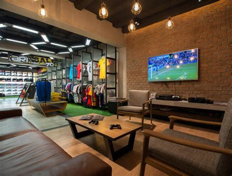 Network Interiors by 17 Best Images About Retail Design On Retail