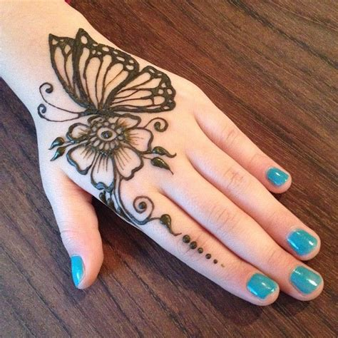 henna tattoo design butterfly best 25 henna butterfly ideas on small henna
