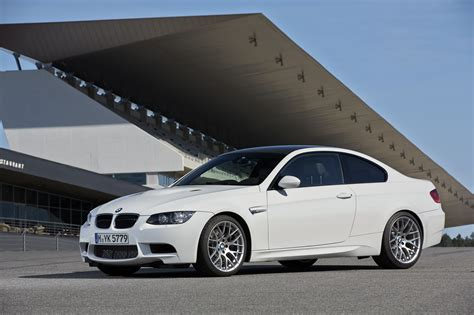 most common car color white remains most popular car color in 2014 bimmerfile