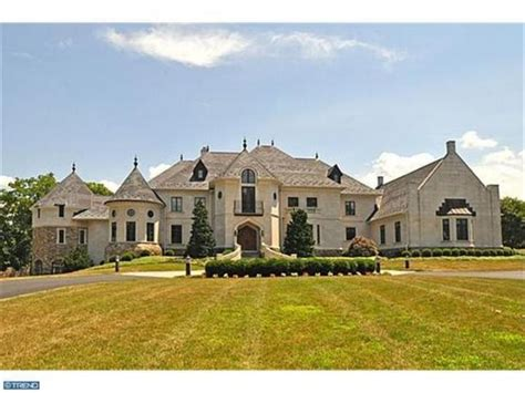 how big is 15000 square feet doylestown 405 edison furlong road dramatic european