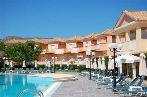 Motorradverleih Zakynthos by Greecetrip De Zefyros Hotel Eco Resort Agios Kirikos