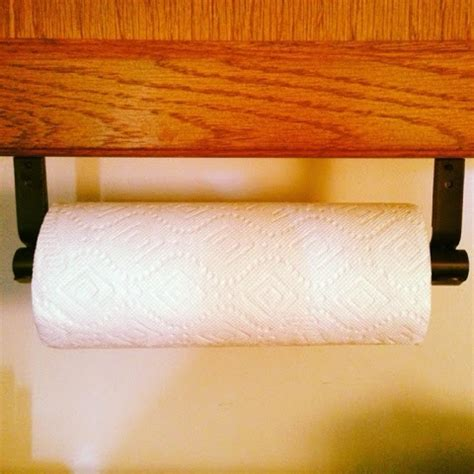How To Make A Paper Towel Holder - daddy s diy paper towel holder it work do it