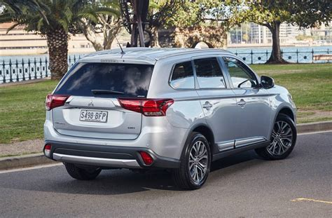 mitsubishi outlander 2016 white 2016 mitsubishi outlander review australian launch