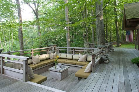 Picnic Table Dining Room by 45 Backyard Deck Ideas Beautiful Pictures Of Designs