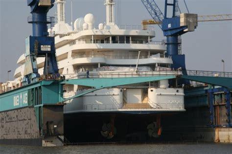yacht queen k owner l 252 rssen yachts completes refits of queen k al salamah