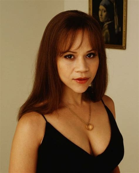 rosie perez and her wigs for women 53 best rosie perez images on pinterest