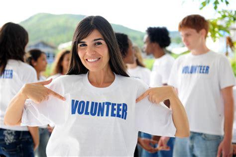 volunteering for immigrants