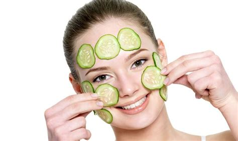 diy cucumber mask mask to reduce wrinkles with cucumber