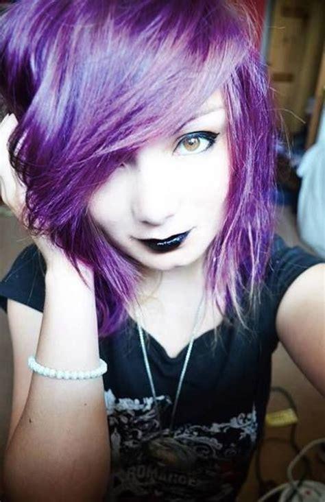 emo dyed hairstyles purple hair andblack make up 0 i hair pinterest i