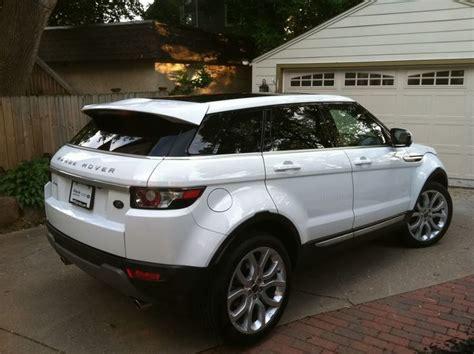 land rover garage 25 best ideas about range rover evoque on
