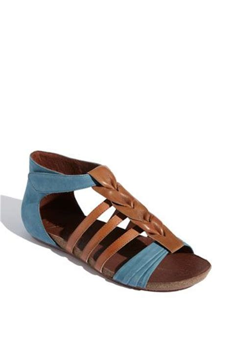 most comfortable leather sandals 143 best zapatos images on pinterest