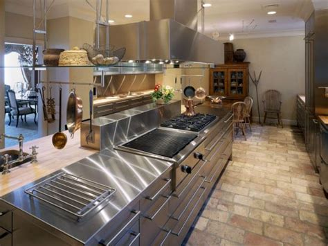 Metal Countertops: Copper, Zinc and Stainless Steel   HGTV