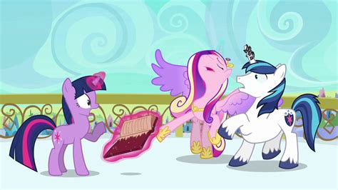 Princess Fainting by Image Cadance Beginning To Faint S3e1 Png My