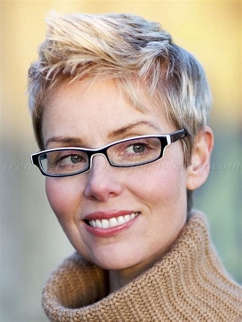 short hairstyles   short mohawk hairstyle   trendy hairstyles for women.com