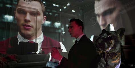 jaguar tom hiddleston tom hiddleston pets a black jaguar in xe commercial quot new