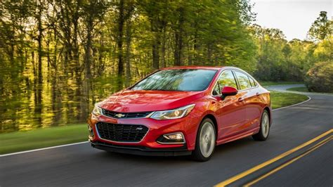 features of chevrolet cruze 2016 chevrolet cruze sedan pricing features edmunds